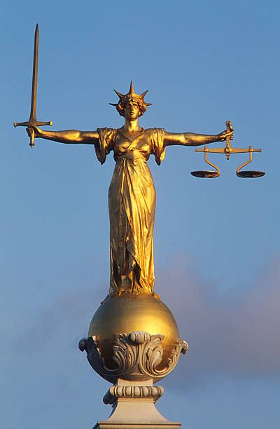 Great Britain, England, London, City of London, statue of Justice on the top of the Old Bailey | Justice statue, Statue, Ancient statues