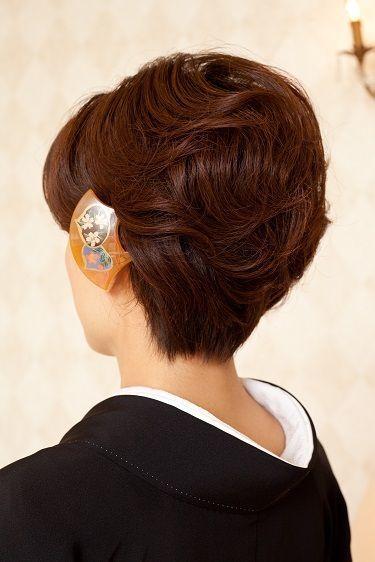 黒留袖に似合う髪型 年代 髪の長さ別 55選 マナーや作り方 動画 も Yotsuba よつば 着物 髪型 ショート きもの 髪型 ショート きもの 髪型