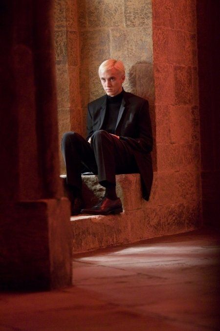 Photo gallery - Draco Malfoy Still of Tom Felton in Harry Potter and the Half-Blood Prince Draco Harry Potter, Mundo Harry Potter, Harry Potter Characters, Harry Potter World, Draco Malfoy Quotes, Draco Malfoy Fanfiction, Tom Felton Harry Potter, Harry Potter Cosplay, Fictional Characters