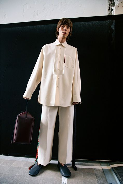 Jil Sander Ss20 Here S Everything That Went Down Fashion Inspiration Design Jil Sander Fashion