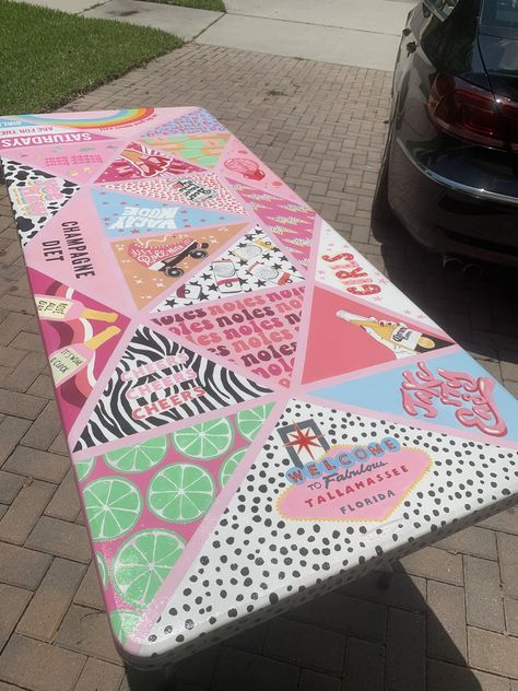 Custom Beer Pong Tables, Beer Table, Diy Table, Beer Girl, Cooler Painting, Cool Tables, Diy Canvas Art, Creations, Diy Crafts