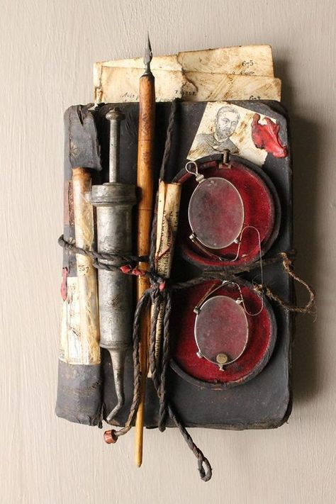Assemblage by Jerome Cavailles french artist Altered Books, Altered Art, Arte Assemblage, Art Altéré, Mundo Hippie, Arte Sketchbook, Found Object Art, Handmade Books, Box Art