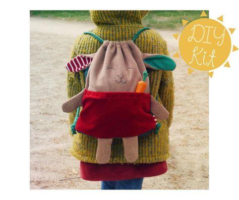 Nähanleitungen Kind - DIY Nähset: Bio Rucksack / Turnbeutel HASE - ein Designerstück von Tell-Me bei DaWanda
