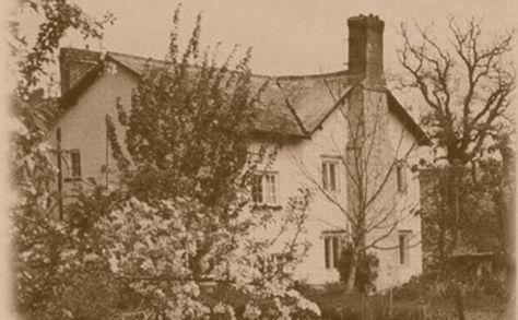 Fluxton Farm Devon2 Ghost Walk Haunted Hotel Farm