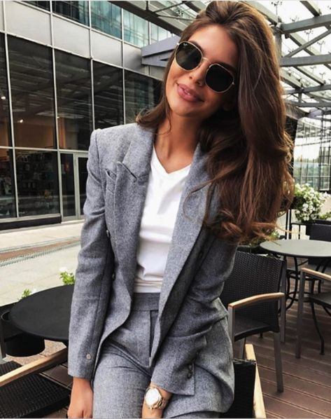 35 Trending Fall Business Attires for Women 2018
