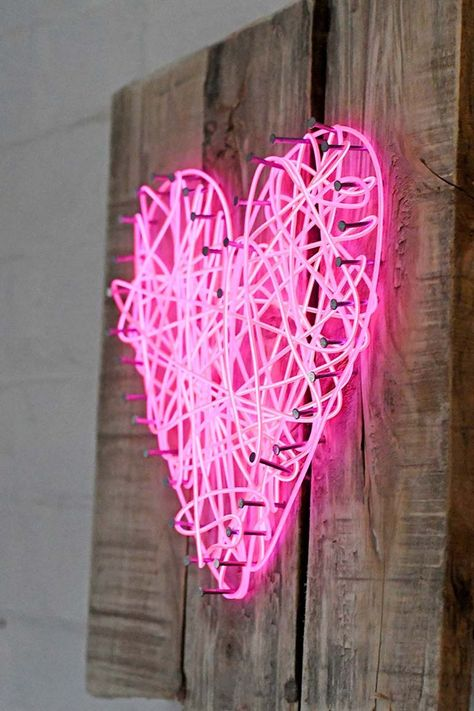 How To Make A String Art Neon Heart Sign - Pillar Box Blue Take string art to the next level with this neon heart sign using El wire. It is very cheap and easy to make and not just for Valentine's day! Neon Light Art, Light In, Neon Heart Light, String Art Quotes, String Art Names, String Art Letters, Diy Neon Sign, Cheap Neon Signs, Custom Neon