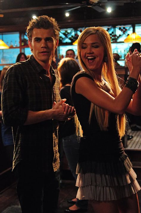 "Stefan (Paul Wesley) and Lexi (Arielle Kebbel) - ""The Vampire Diaries"" Vampire Diaries Stefan, Vampire Diaries Memes, Wallpaper Vampire Diaries, Paul Wesley Vampire Diaries, Serie The Vampire Diaries, Vampire Diaries Poster, Vampire Diaries The Originals, Stefan Vampire, Damon And Stefan Salvatore"