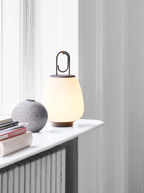 La lampe nomade design de &Tradition - JOLI PLACE