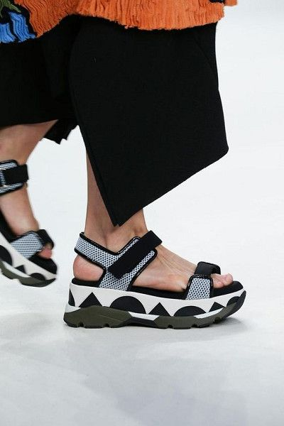 Sporty Outlines - How to Spice Up Your Wardrobe with Maximalist Shoes  - Photos