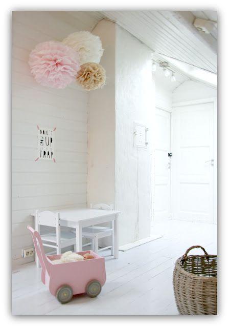 idee deco chambre enfant : le pompom www.creations-savoir-faire.com #SalonCSF