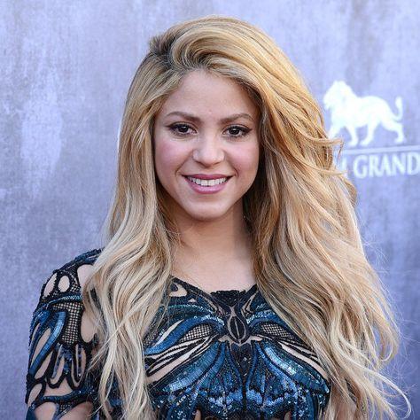 Shakira (2 février 1977) Chanteuse colombienne