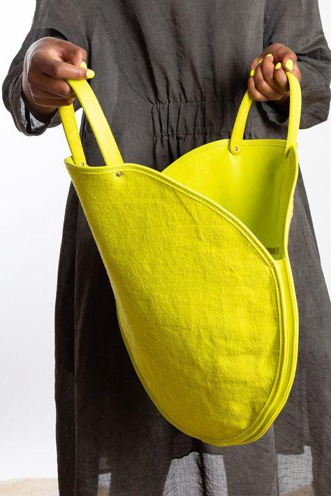 My Bags, Purses And Bags, Neon Bag, Leather Bag, Leather Tote Handbags, Diy Handbag, Craft Bags, Denim Bag, Fabric Bags