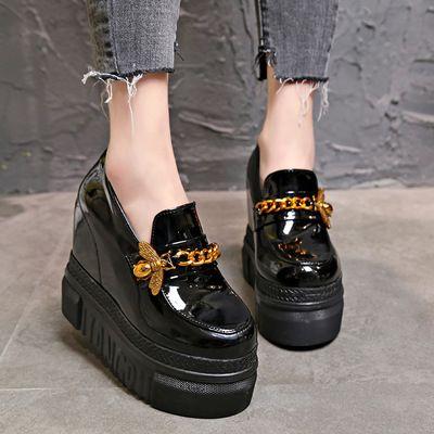 Cute kawaii hand-painted canvas shoes