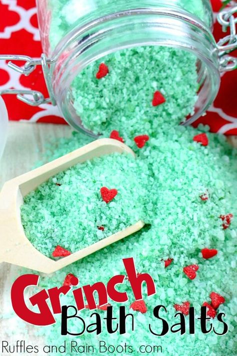 These Grinch Christmas bath salts are a load of fun to make and give. The post Make Some Easy Grinch Bath Salts and WOW Them All! Diy Gifts For Christmas, Grinch Christmas, Simple Christmas, Holiday Crafts, Christmas Crafts To Make And Sell, Cute Christmas Ideas, Christmas Soap, Christmas Vacation, Summer Crafts