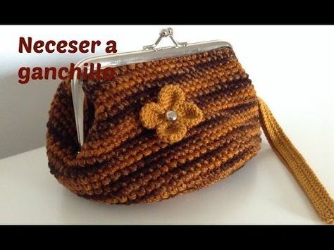 22e5260f381a7 Monedero de ganchillo fácil con forro - Easy crochet purse - Tutorial -  YouTube