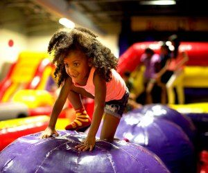21 Brooklyn Drop In Play Spaces And Kiddie Gyms Indoor Waterpark Nyc With Kids New York Winter