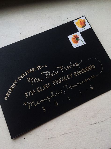 Custom Envelope Addressing Service by hexasiam on Etsy Hand Lettering Envelopes, Mail Art Envelopes, Calligraphy Envelope, Custom Envelopes, Envelope Art, Envelope Design, Handwritten Letters, Mail Gifts, Pen Pal Letters