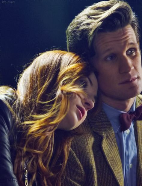 i dont want the ponds to leave :(   (glad to see someone else feels this way, instead of all the haters who just want them gone. I love Amy and Rory.)