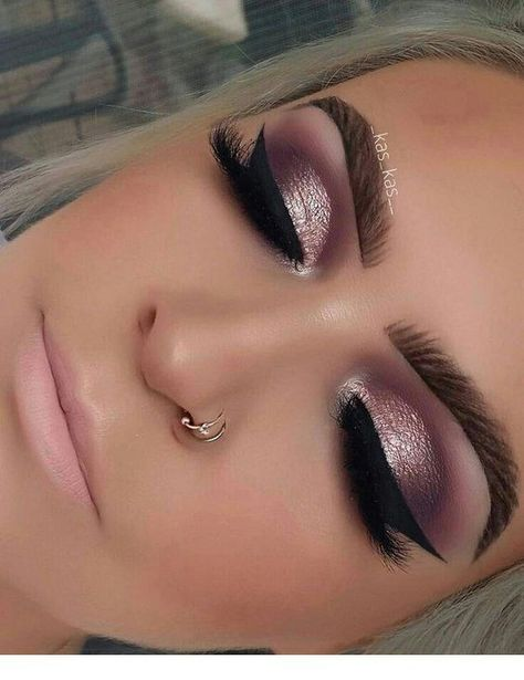 Pink eye makeup with black accents #Women #Fashion