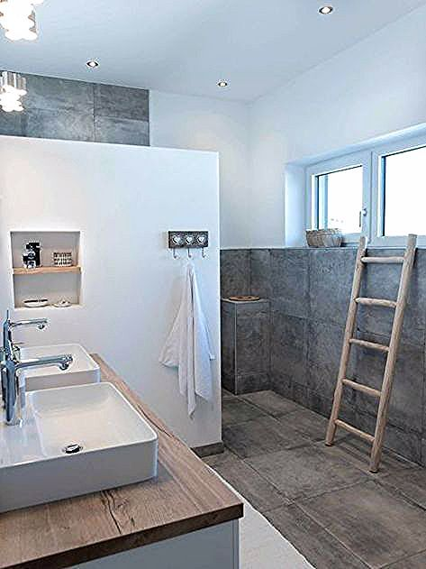 Baddesign Zementoptik Naturlich Leise Ziegeldusche Waschti Holz Weiss Kleines Badezimmer Bathroom Design Bathroom Inspiration Bathrooms Remodel