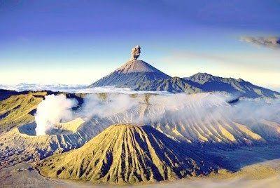 Terkeren 30 Gambar Pemandangan Indah Gunung Semeru 10 Foto Pemandangan Gunung Semeru Yang Menakjubkan Download Pendak Di 2020 Pemandangan Taman Nasional Indonesia