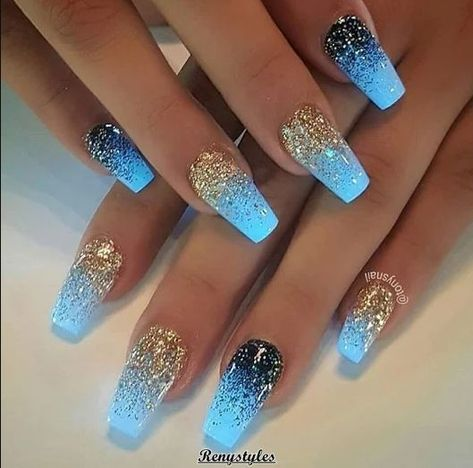 Elegant and Cute Acrylic Nail Designs, unique ideas for you to try in special day or event. Spectacular options to make your nail gorgeous and amazing! Classy Nails, Simple Nails, Trendy Nails, Cute Nails, Acrylic Nails For Summer Classy, Acrylic Nails For Summer Glitter, Acrylic Nail Designs For Summer, Manicure Com Glitter, Nail Manicure