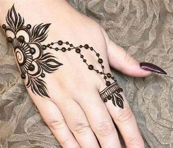 طريقة عمل الحناء فى المنزل Simple Henna Tattoo Mehndi Designs Henna Tattoo Back