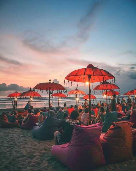 Spending your afternoon at Seminyak beach is an unforgettable experience in Bali, #Indonesia  Photo by: IG @theguhwe