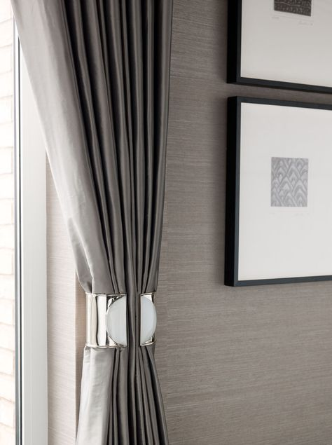 Textural taupe wallpaper - Taylor Howes Q: does anyone know of a similar tieback please?
