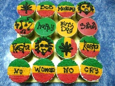 Bob Cupcakes! 2 of my favorite things! Love LOVE LOVE THIS!