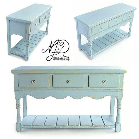 perfect miniature-I thought it was life-size furniture!