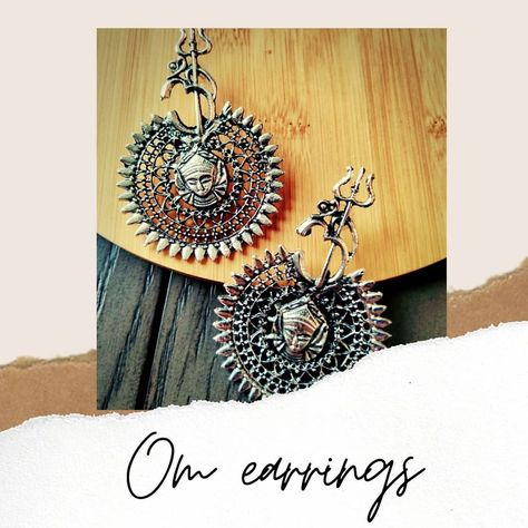 """Pencilboxshop USA on Instagram: """"Beautiful 😍 Om collection Just $10 plus free shipping Whatsapp 2147734662 for orders . . . #dangleearrings❤️ #danglingearrings…"""""""