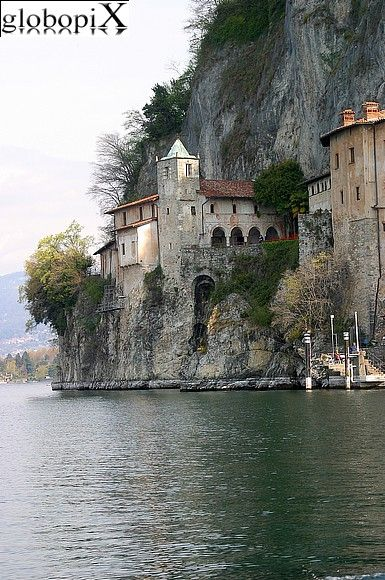 Lago Maggiore - View of the monastery from the lake