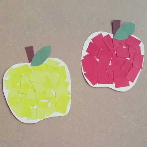 It's apple pickin' time! Come by and check out our apple craft we're making for preschool storytime here @ Alamito's library
