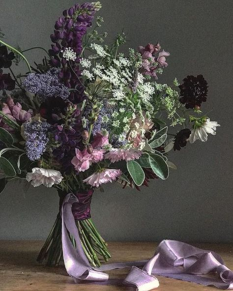 Bridal Bouquet With Lupins In Lilac And Lavender Flower Bouquet Wedding Lilac Bouquet Purple Wedding Flowers