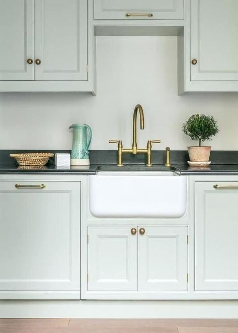 Small Farmhouse Sink Kitchen Google Search In 2020 With Images Small Farmhouse Sink Green Kitchen Cabinets Kitchen Inspiration Design