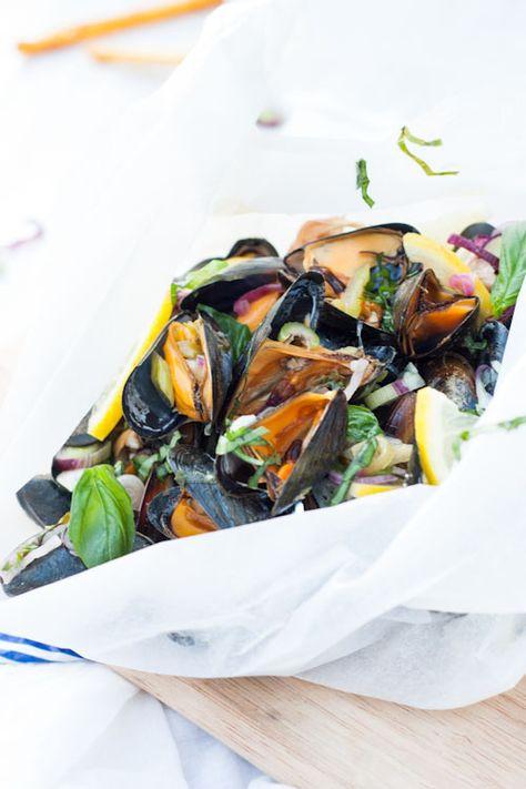 Moules en Papillote au Citron & Basilic | La Raffinerie Culinaire