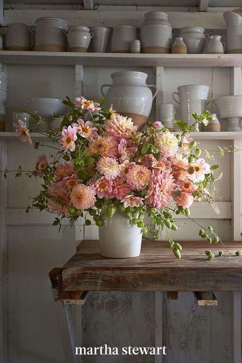 Flower Farm, My Flower, Flower Power, Beautiful Flower Arrangements, Floral Arrangements, Fresh Flowers, Beautiful Flowers, House Plants, Garden Design