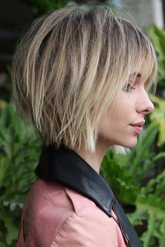 30 Best Short Hairstyles For Round Faces To Emphasize Your Beauty Short Hair Styles For Round Faces Messy Bob Hairstyles Thick Hair Styles