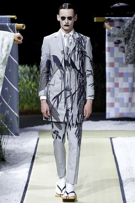 http://www.style.com/slideshows/fashion-shows/spring-2016-menswear/thom-browne/collection/3