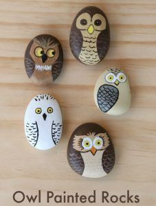 Put your old pebbles to good use with a few fun and easy pebble art crafts for kids! Kids of all ages will enjoy making art out of pebbles!