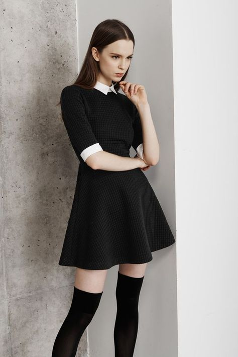 French girl chic non? to wear to work fashion outfits, dr