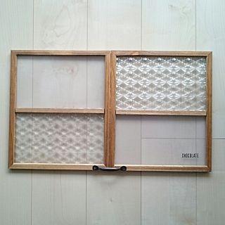 壁 天井 枠 Diy 窓枠風 パタパタ扉 などのインテリア実例 2016 02
