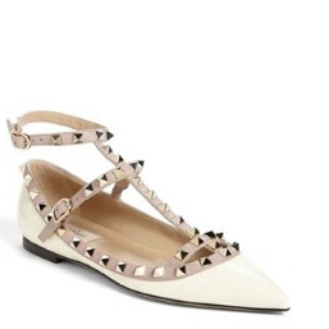 24a10cb86473 Looking for Valentino rockstud flats must be  400 or less size 7 Valentino  Shoes Flats   Loafers