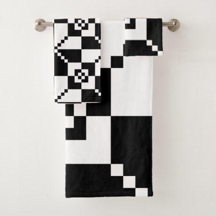 Black And White Geometrical Minimalist Pattern Bath Towel Set