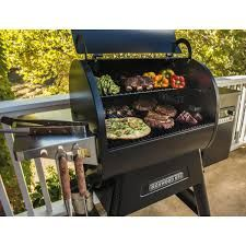 Traeger Ironwood 650 Google Search With Images Ironwood Gas Grill Traeger