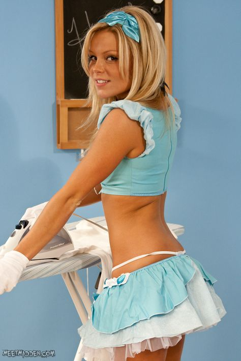 Amateur Dirty French Maid FrenchMaidTV - YouTube