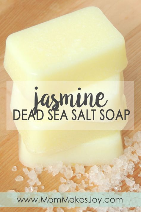 A DIY tutorial for Jasmine Dead Sea salt soap made with Jasmine fragrance oil, Dead Sea salt crystals, clear melt-and-pour soab base and colorant How to make soap without lye Soap Making Mom Makes Joy Lye Soap, Savon Soap, Soap Molds, Castile Soap, Glycerin Soap, Soap Making Recipes, Homemade Soap Recipes, Diy Soap Recipe Without Lye, Diy Soap Bars Without Lye
