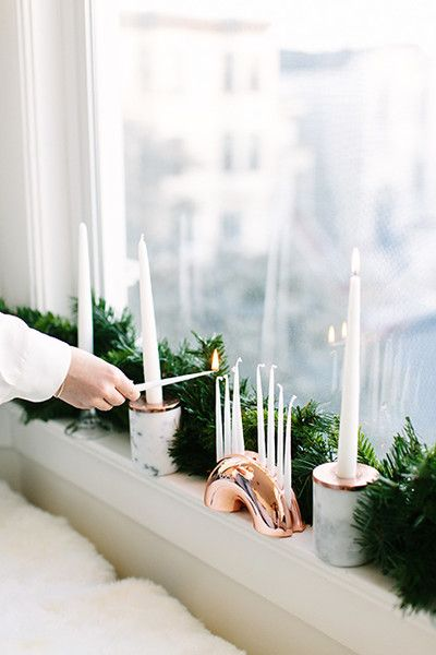 Mazel Tov - How Lonny Editors Decorate Their Homes For The Holidays - Photos