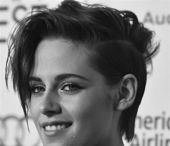 أفضل تسريحات شعر قصير جد ا اختارتها مشاهير العالم للخروج عن المألوف Hair Styles Beauty Hair
